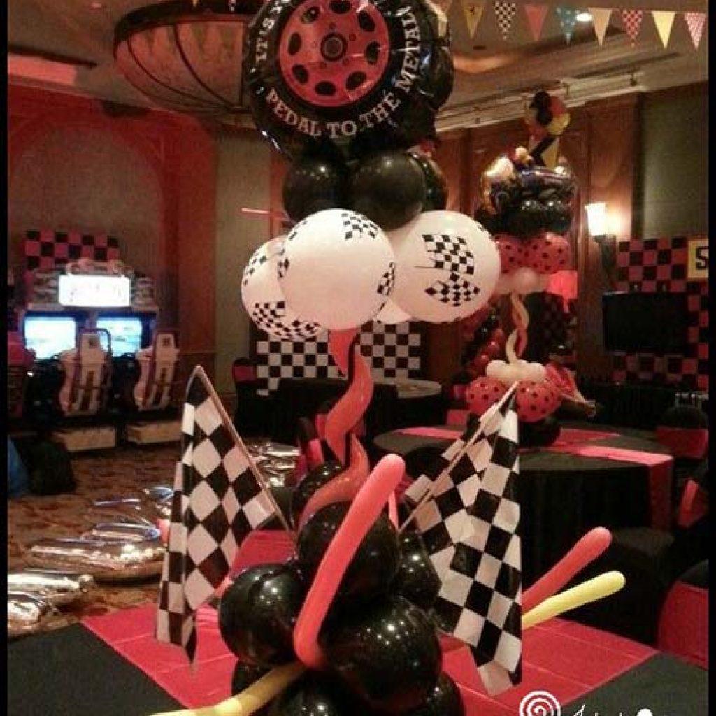 fararri balloon decor