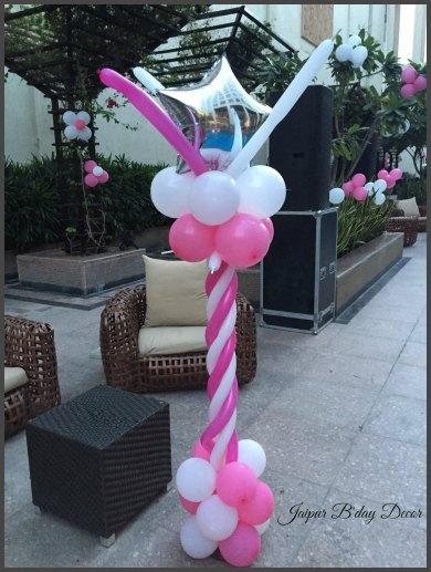 baloon standee